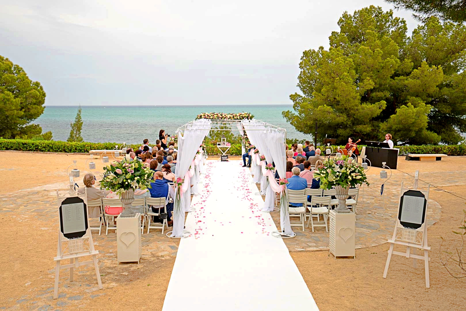 Destination Weddings The Easy Route To A Wedding Abroad